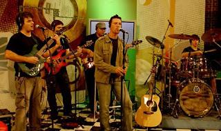 Banda IAHWEH em apresentação no programa Revolução Jesus, da TV Canção Nova.