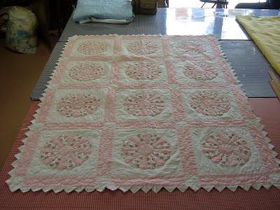 Redwork Farmyard Animals Quilt Pattern - Annie's - Crochet