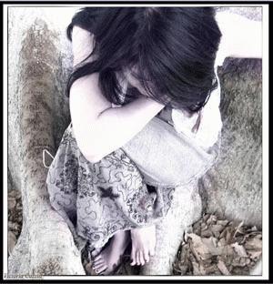 http://4.bp.blogspot.com/_wANl3CvGXS8/Sha7PeU6IbI/AAAAAAAAAEs/wqhz6Bg7igY/s320/sad_girl2.jpg