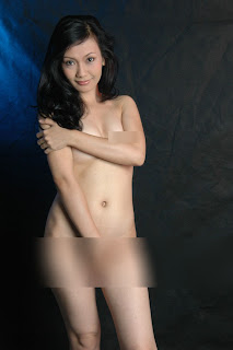 foto telanjang ayu oktasari