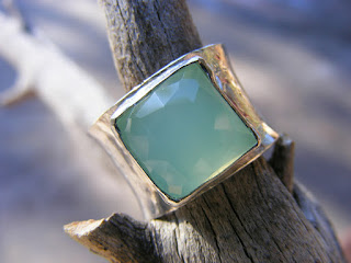 faceted peruvian blue chalcedony in wide sterling silver ring band