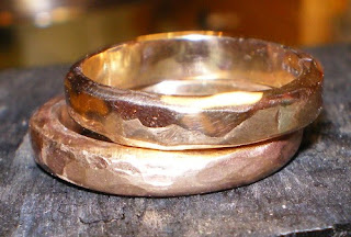18k gold band rings