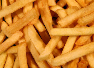 Image of cut and deep-fried potato strips
