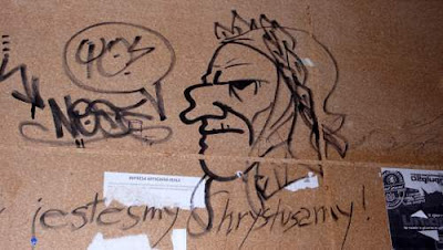 Graffiti image of Dante Alighieri found in Venice, Italy.