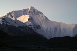 Image of Qomolangma (Mt. Everest) at dawn from the Tibetan side.