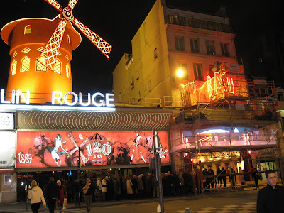 Place in france where the naked ladies dance