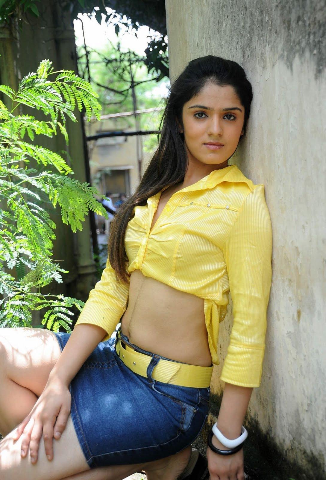 Shefali Zariwala Family Shefali sharma yellow Shefali Sharma Hot