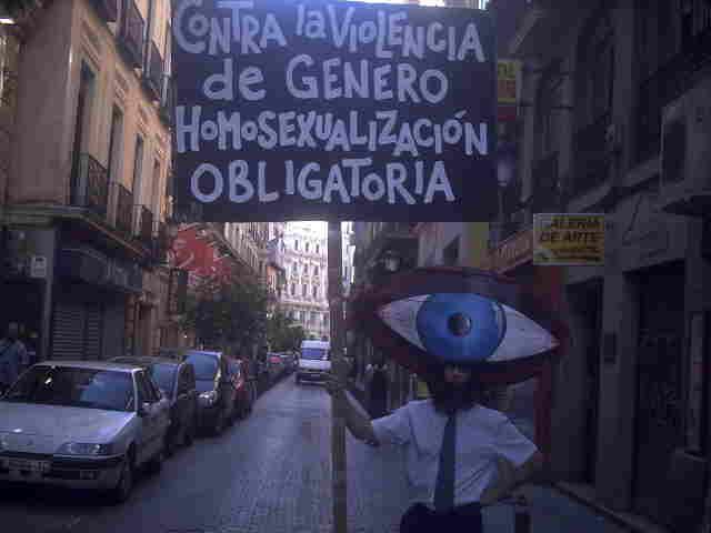 En el día del orgullo homosexual madrileño, algunas vías para ingresar en la secta gay