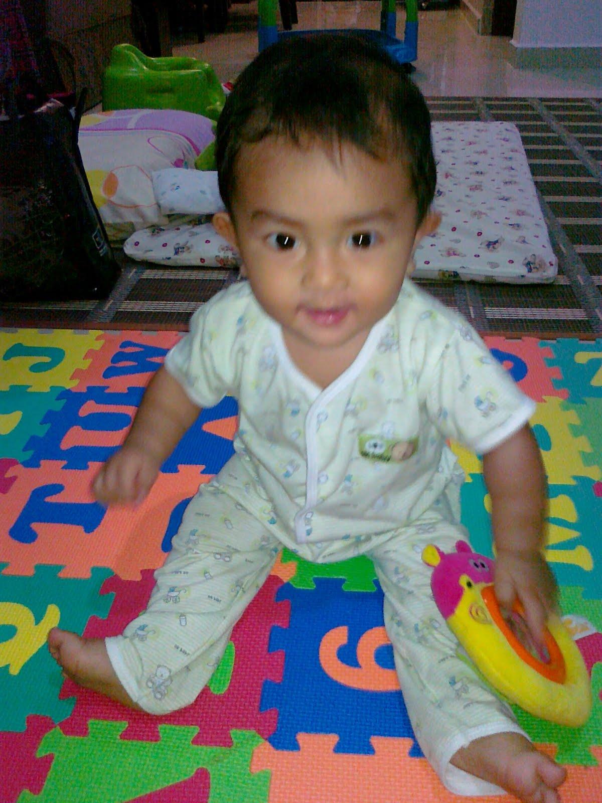 ashikin s blog Raes Zafran 8 months old