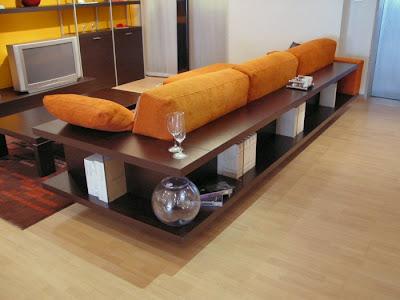 Arredamenti diotti a f il blog su mobili ed arredamento d 39 interni divani con libreria un - Libreria dietro divano ...