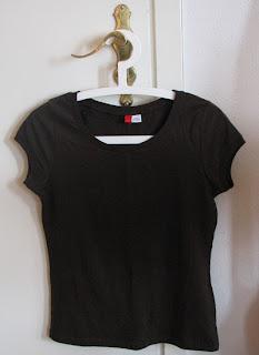 Ruskea t-paita