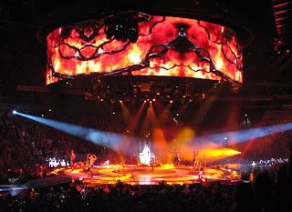 Britney, lava 2