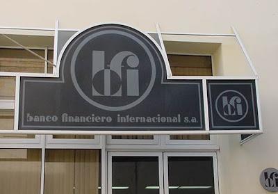 Blog de carlos alberto casanova i los avatares del peso for Oficinas de banco financiero