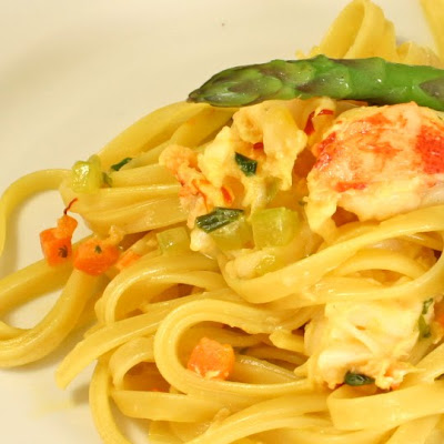 ... Our Fingers in the Pie: Linguine with Lobster in a Saffron Cream Sauce