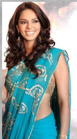 Hot Sensuous Mallika New Avatar Bharatiya Naari Saree Clad Married Women