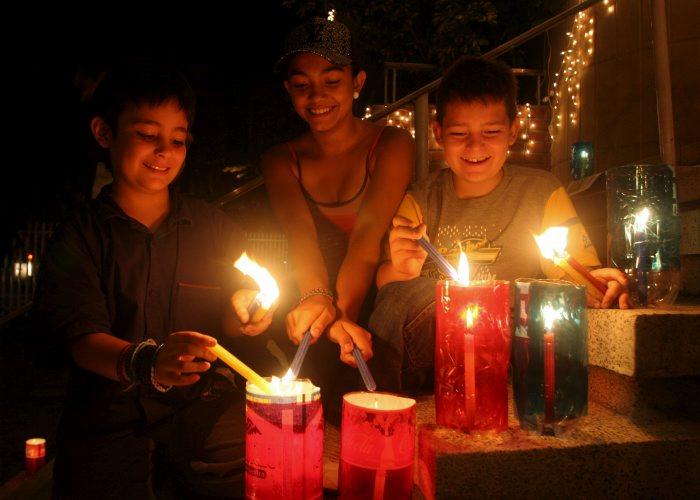 DIA De Las Velitas En Colombia