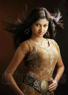 Oviya Helen Kalavani Actress