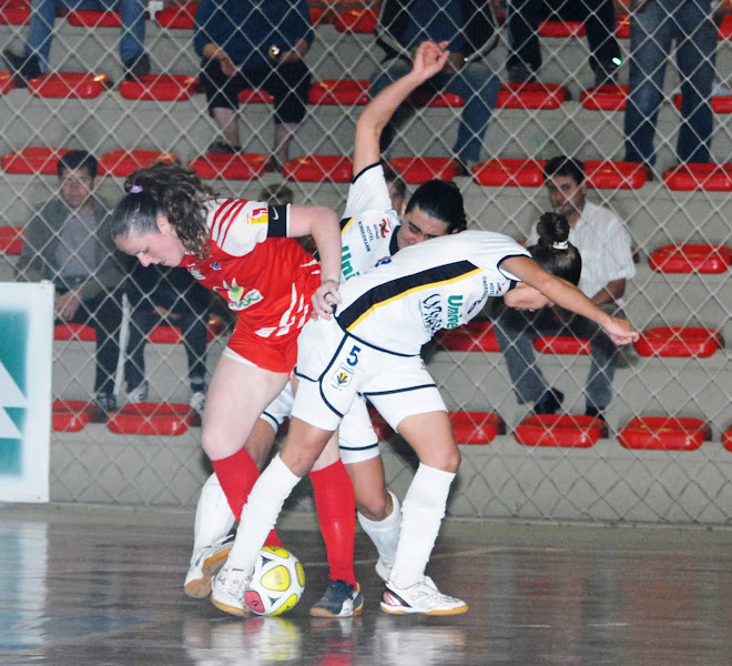 FUTSAL TIPS : TWO WOMEN  ON ONE  BLITZ . BY CARLOS MATEUS