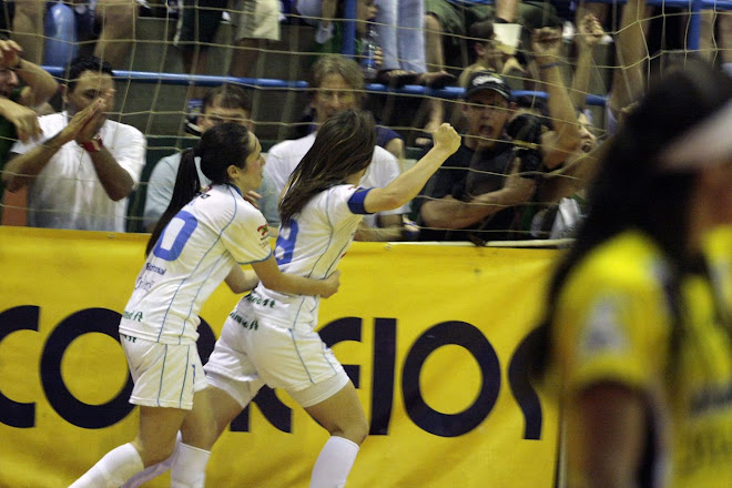 Fifa women futsal Valeria Schmidt two goals weighted gold in the Brazilian women liga futsal finals