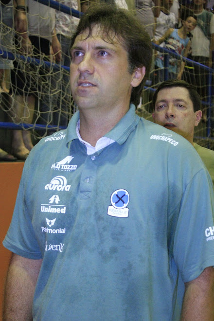 Fifa History Blog picks  Coach of the year 2010 : UnoChapeco Eder Popiolski.