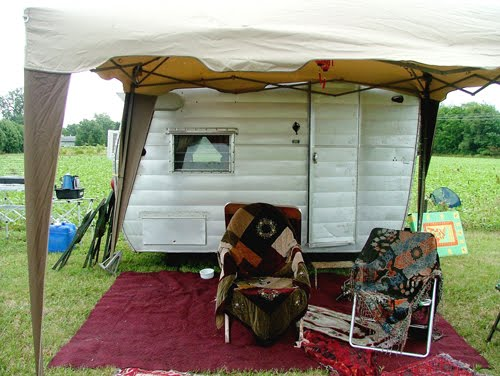 Great Old Vintage Campers I Thought Id Share With You These Are So Incredibly Fun Love To Restore One And Make It Fabulous