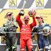 Stoner alcanza el título en Motegi y Capirossi redondea el día para Ducati