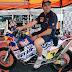 Nani Roma entregó el Trofeo Henry Magne antes de dejar el Dakar