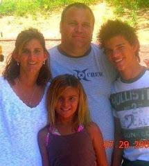Tay és a családja