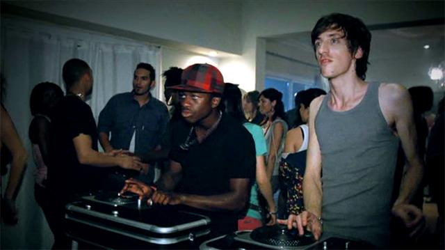 Imagen del anuncio DJ Hero 2