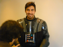Daniel Elosua como Darth Vader.