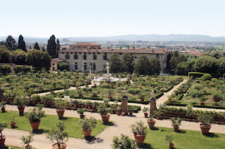 Toscana in cartellone passeggiando nei dintorni di - Piscine firenze e dintorni ...