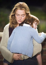 KATE WINSLET as Sarah Pierce in LITTLE CHILDREN