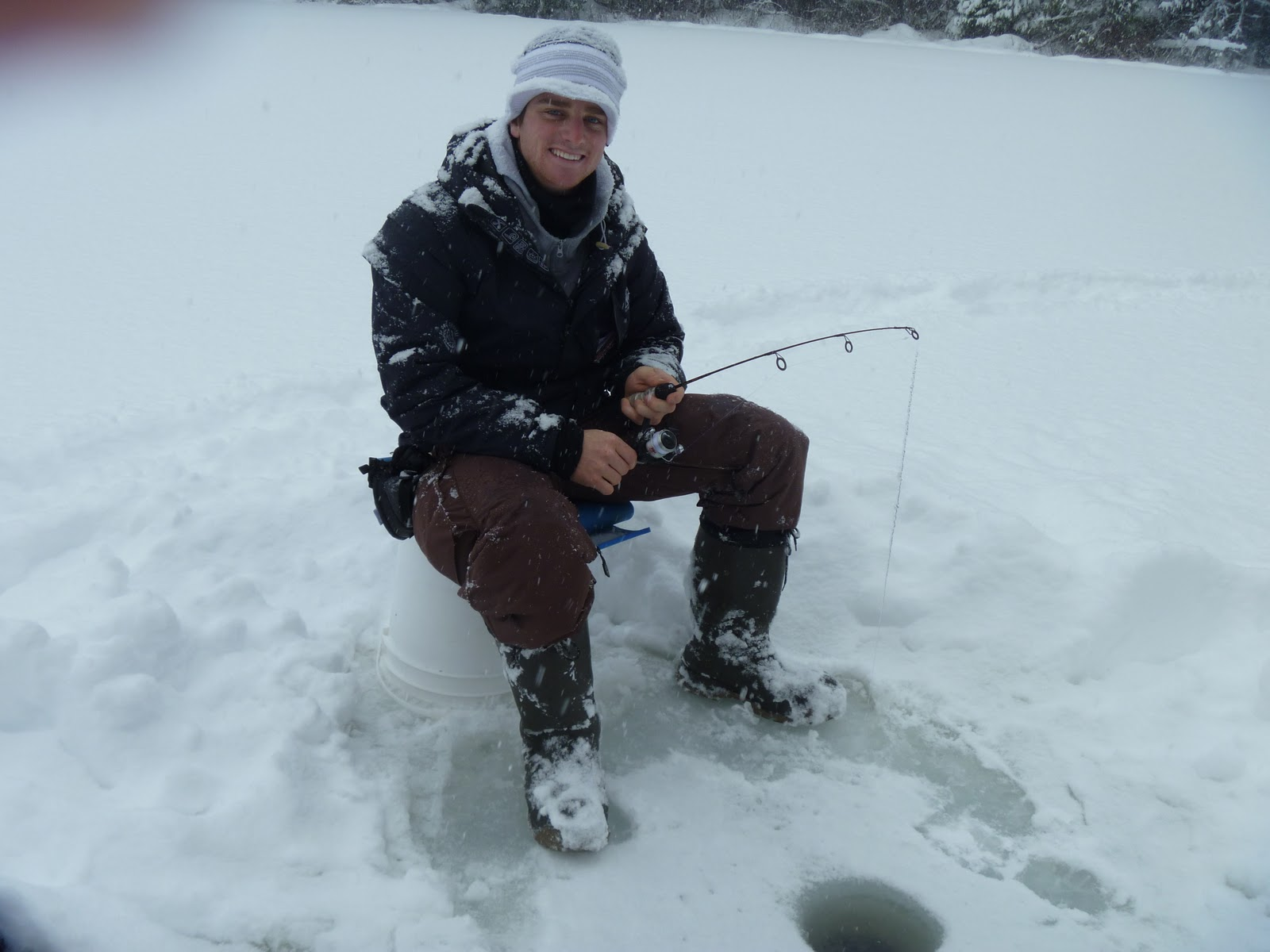 Pemberton fish finder bc fishing reports whistler for Ice fishing fish finder