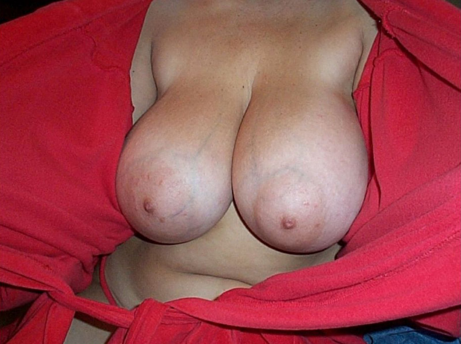women s naked breast
