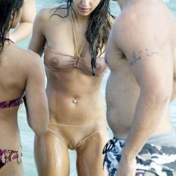 Jessica simpson see threw bikini