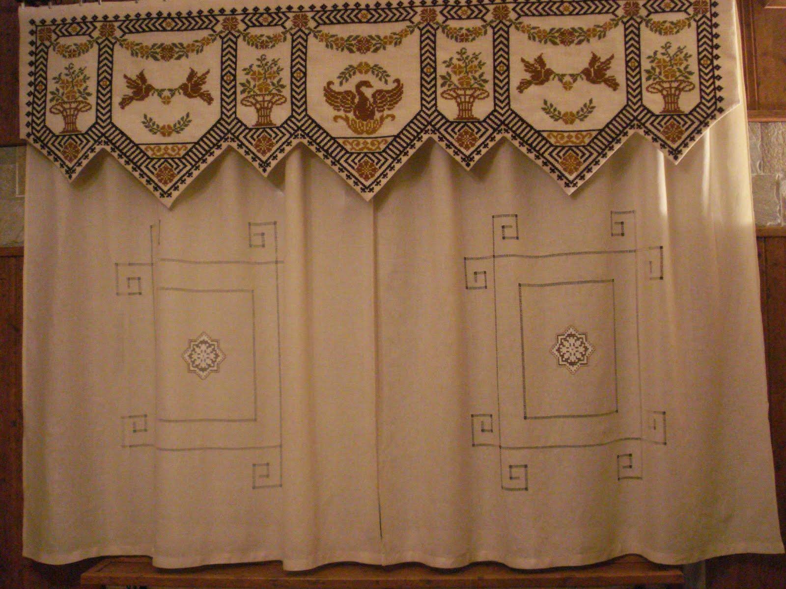 Cortinas bordadas con arpillera y tela beleda en punto de - Telas bordadas para cortinas ...