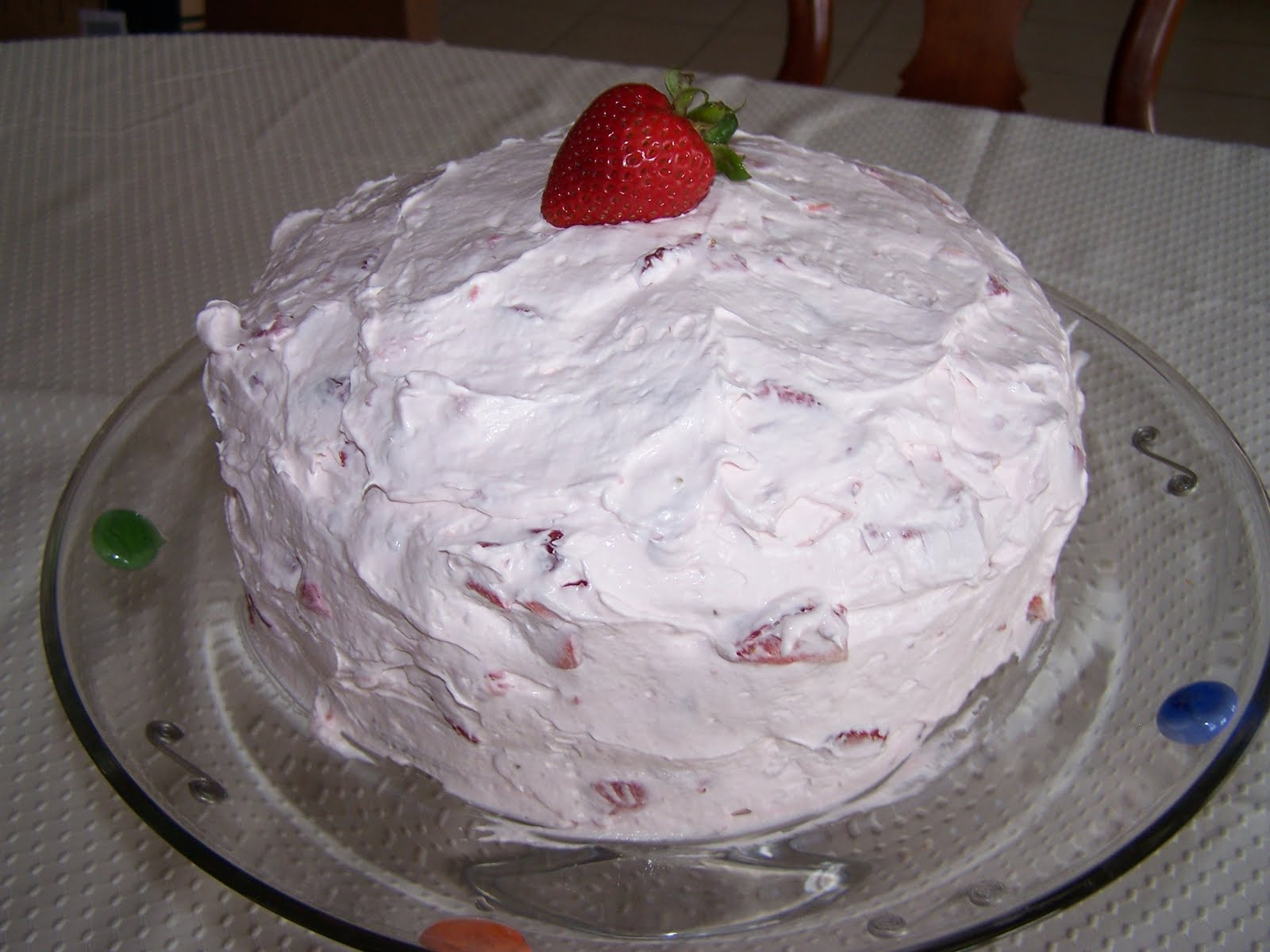 Yarni Gras Vals Fresh Strawberry Cake