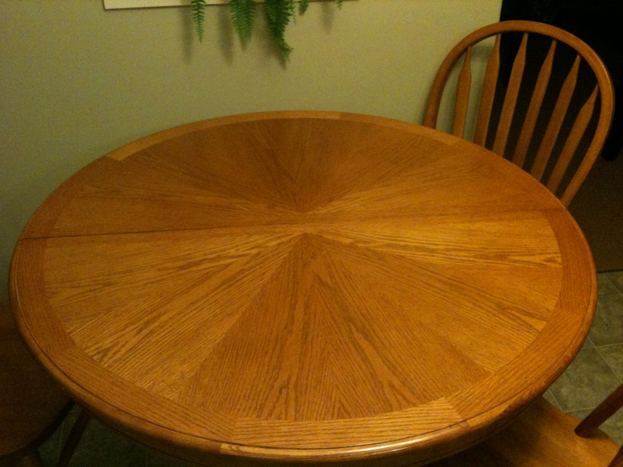 Refinish table chairs pleasant home design - Refinishing a kitchen table ...