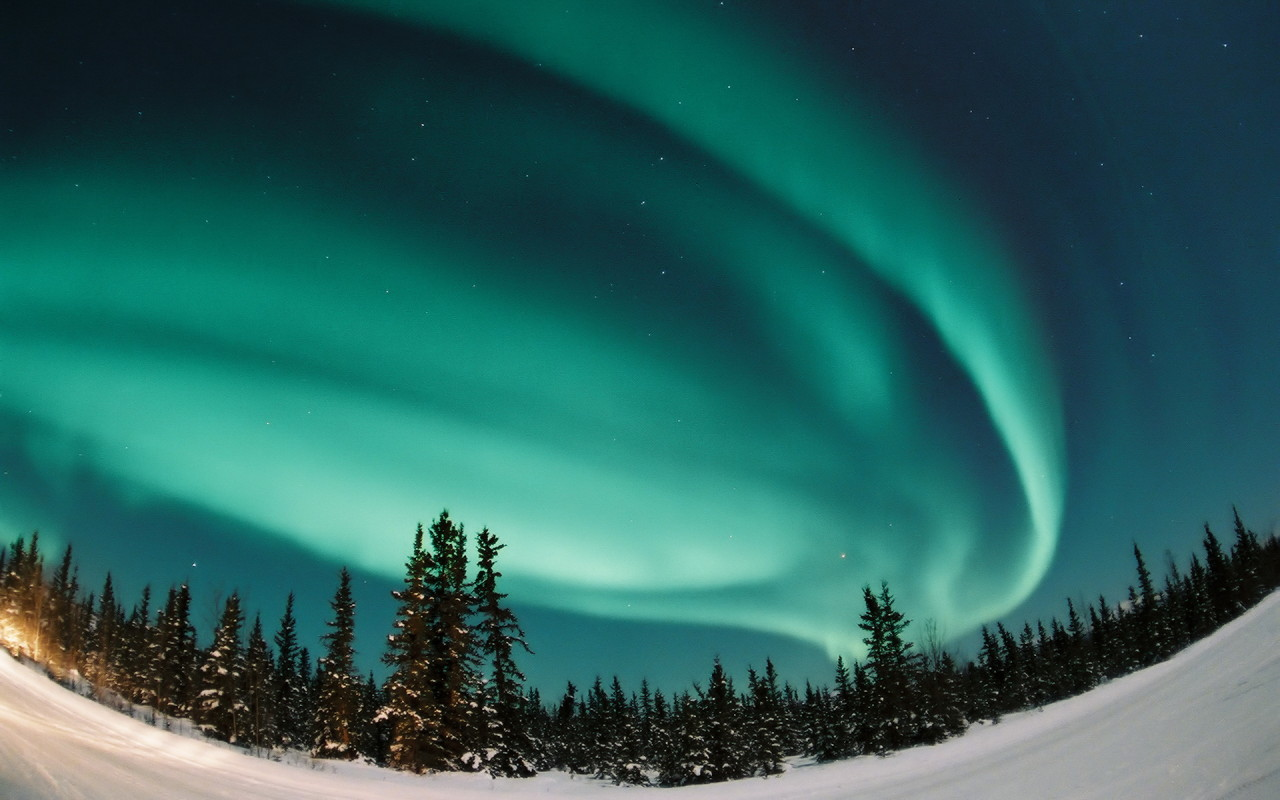 http://4.bp.blogspot.com/_wWuO13G2PGI/TTB0bLb1d7I/AAAAAAAACE4/OGqwxQrRk5E/s1600/Winter_wallpapers_Northern_Lights_014276_.jpg