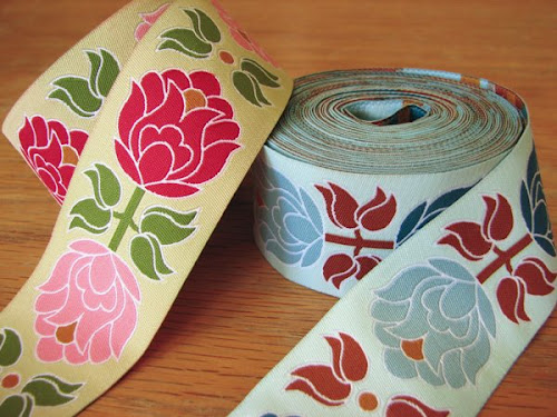 Wide floral ribbon