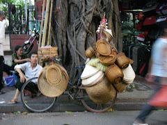 Slow day near Hoan Kiem