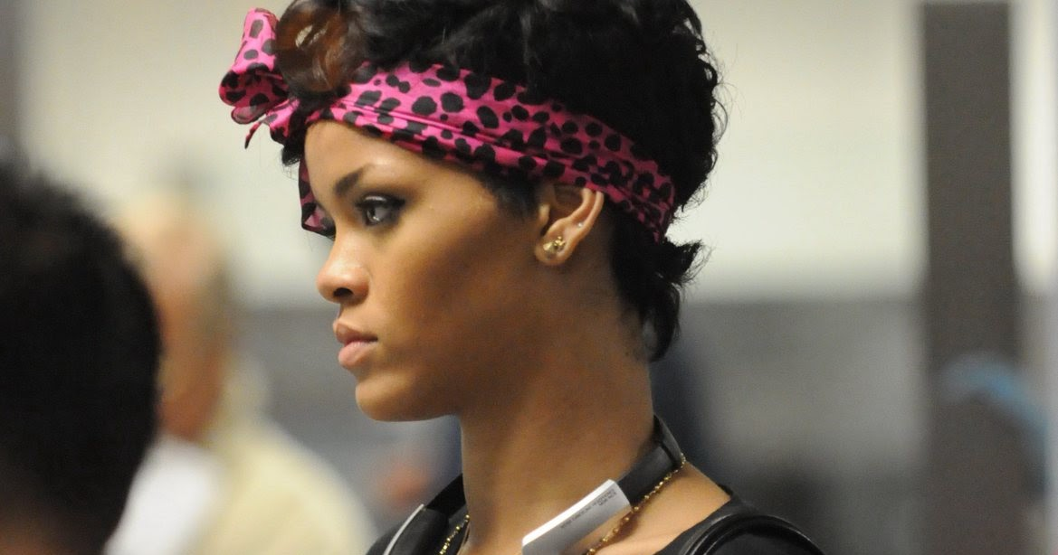 Rihanna russian roulette meaning behind