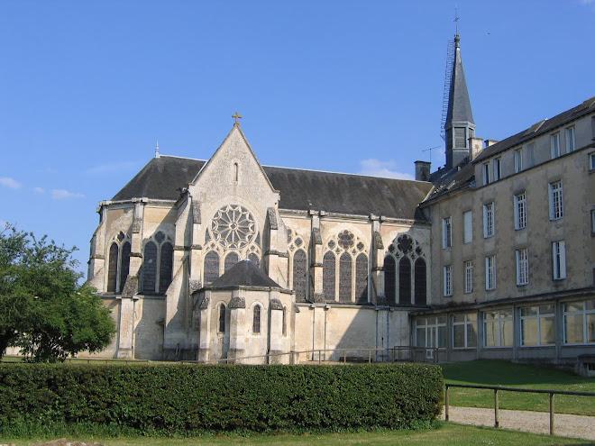 L'Institut et la Chapelle Notre-Dame de Larnay