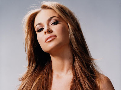Beautiful Look of Carmen Electra Picture