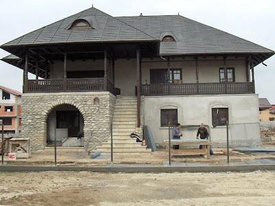 Atelierul de arhitectură: Case noi, arhitectură tradiţională