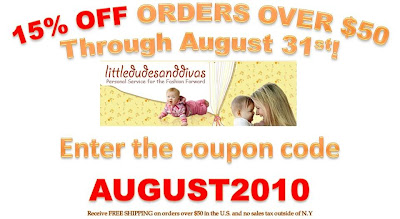 Scroll down to see the free diaper bag giveaway!