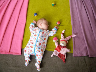 Crazy Photos of a Baby Sleeping Seen On  www.coolpicturegallery.net