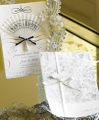 Invitations and favors elegant wedding in site of Anna Griffin