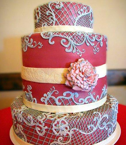 Fusia Lace Wedding Cake