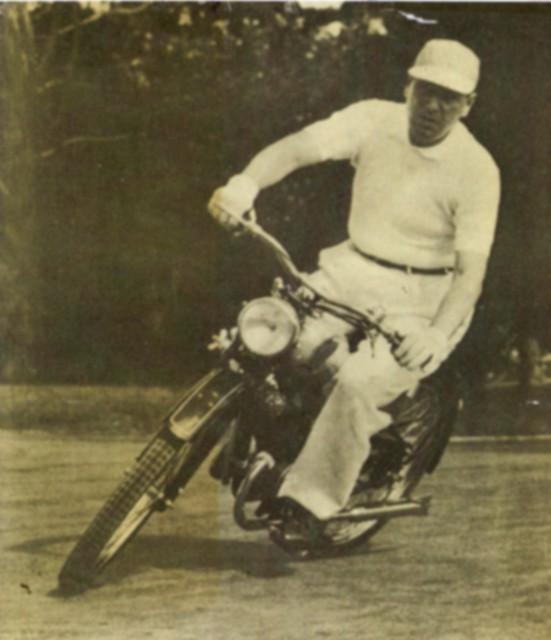 Perón era motoquero (y te lo muestro)+yapa